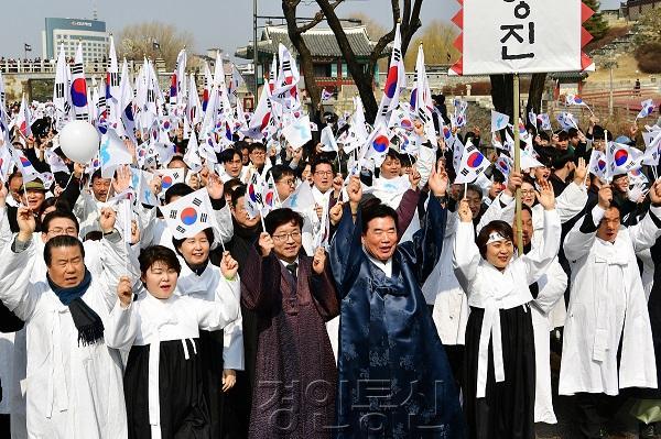 """22  2염태영 시장, """"수원 3.1 운동은 수원의 가치 되찾기 위한 시민 저항 운동""""  .jpg"""