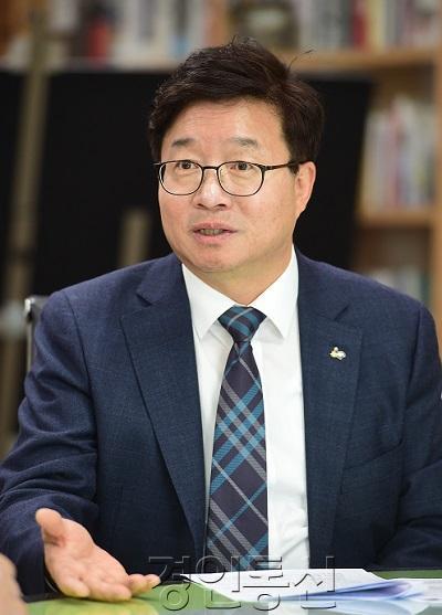 """""""모든 지자체, 4대 자치권 확보해 '지방정부'로 거듭나야"""".JPG"""