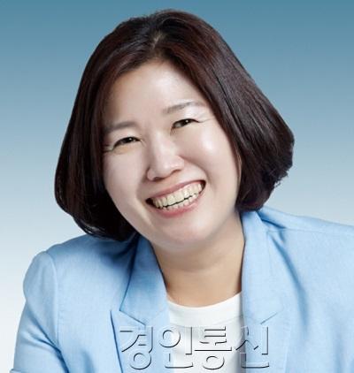 200323 남운선 의원, 전국 최초 '경기도 재난기본소득 지원 조례안' 심의 통과.jpg