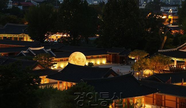 _2019 화성행궁 야간개장.jpg