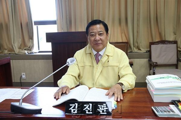2김진관 의원.JPG