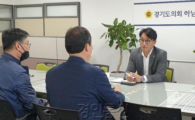 200522 추민규 의원, 하남숲 유치원 설립 및 반려동물 납골당 논의.jpg