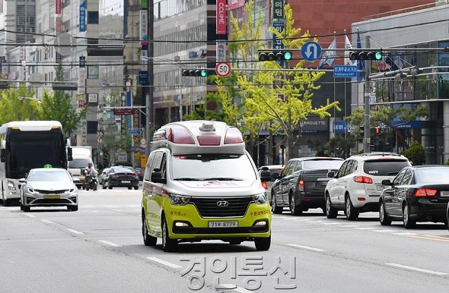 최우수 적극행정은 '전국 최초 긴급차량 우선 신호시스템'2.jpg