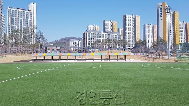 사본(1) - 동탄호수공원_축구장.jpg
