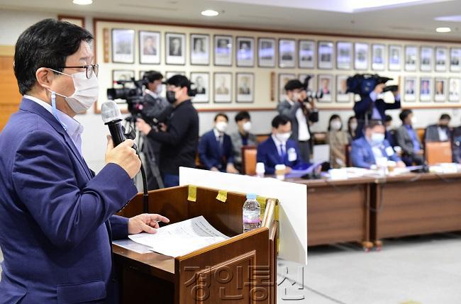 """염태영 시장, """"지방분권형 개헌 실현되도록 지방정부가 힘을 모아달라"""" 2.jpg"""