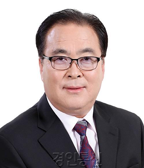 1. 2021년 안성시의회 신년사 의장 사진.jpg